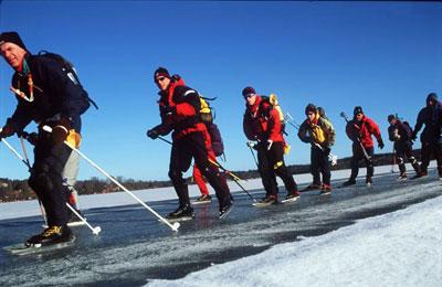 冬季雪地旅游注意事项