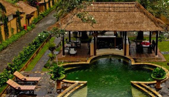 巴厘岛乌布富丽华温泉别墅